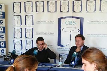 Paco Robles de la COPE entrevista a Agustín Aycart y al Alcalde de Bollullos sobre las conferencias del 20 de Mayo en el CBS