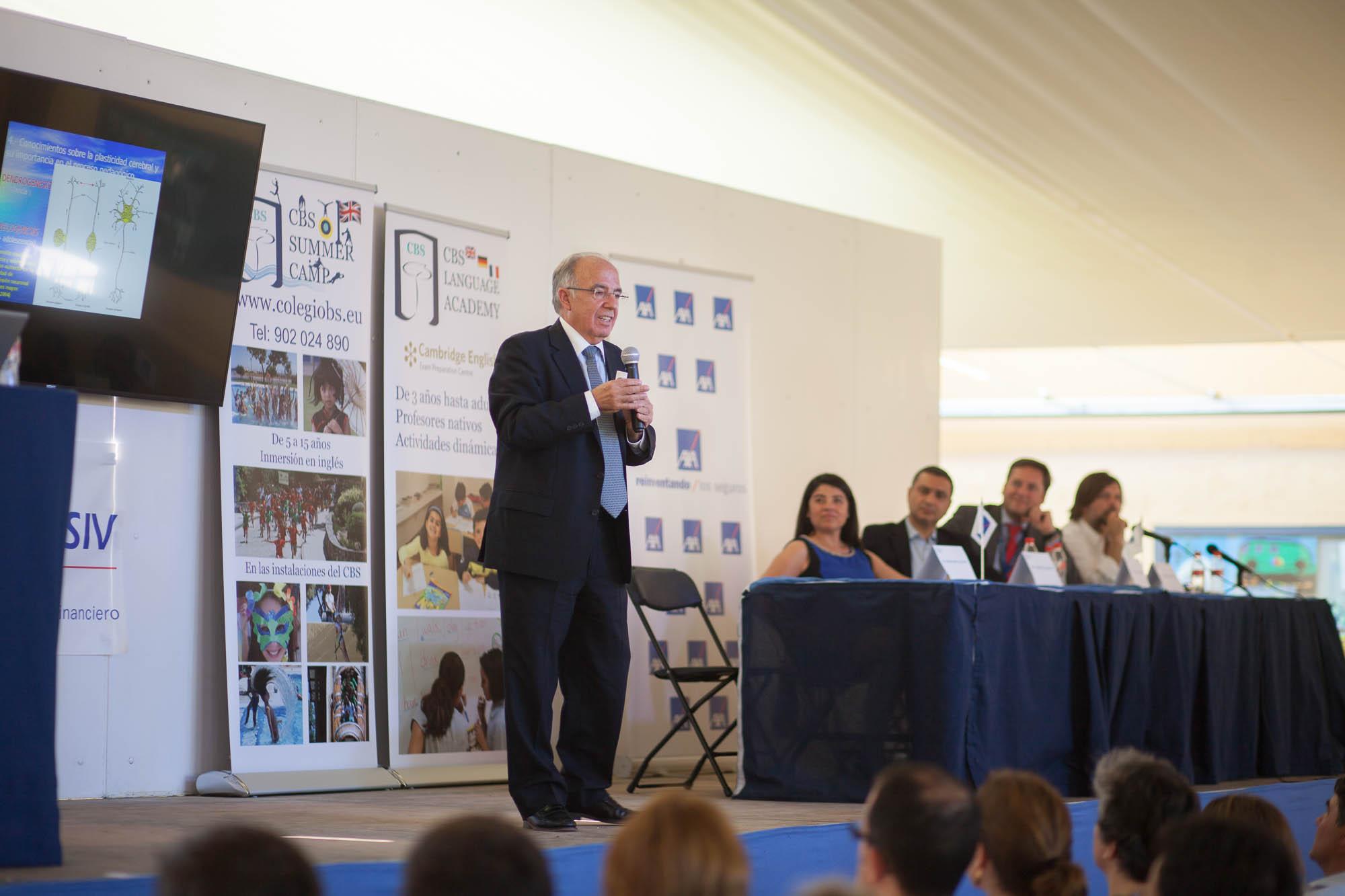 Carlos Herrera recomienda venir a las Conferencias Educativas en el CBS. Colegio Británico de Sevilla