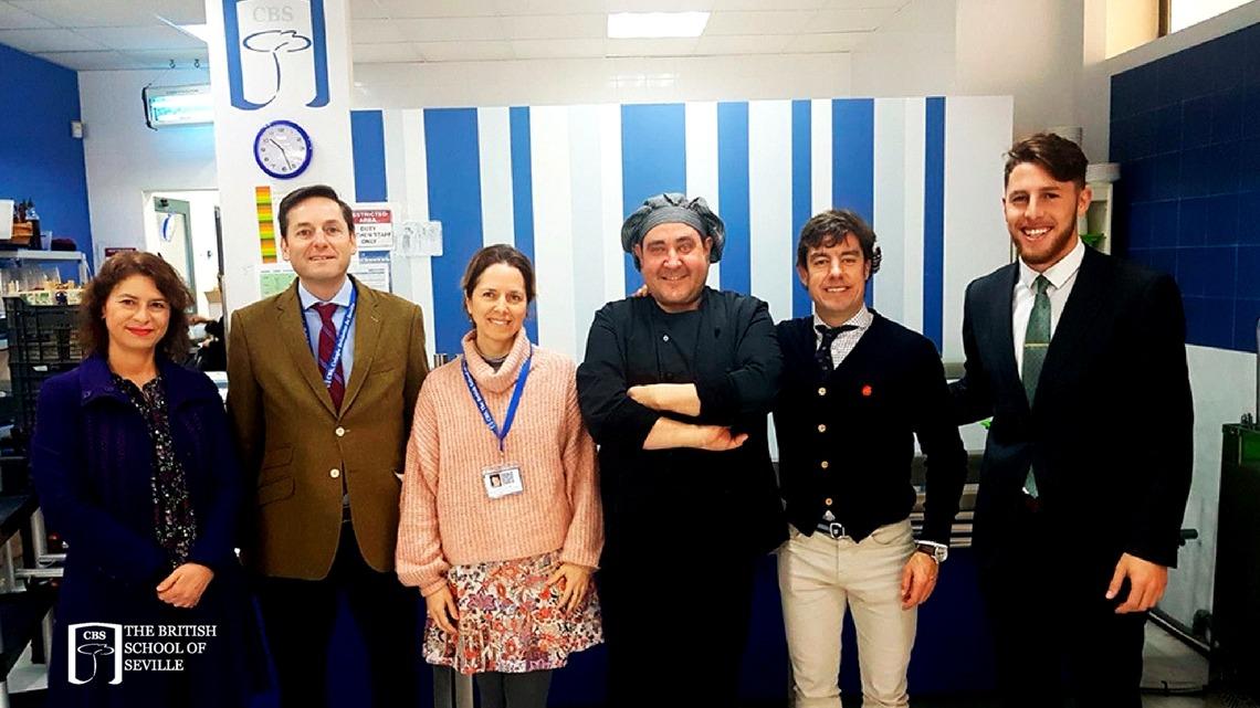 Taller de Nutrición para los alumnos de KS4 y KS5 impartido por Javier García Pereda de la escuela de hostelería de Sevilla