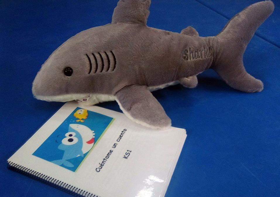 Sharky Nuestro tiburón de Cuéntame un Cuento