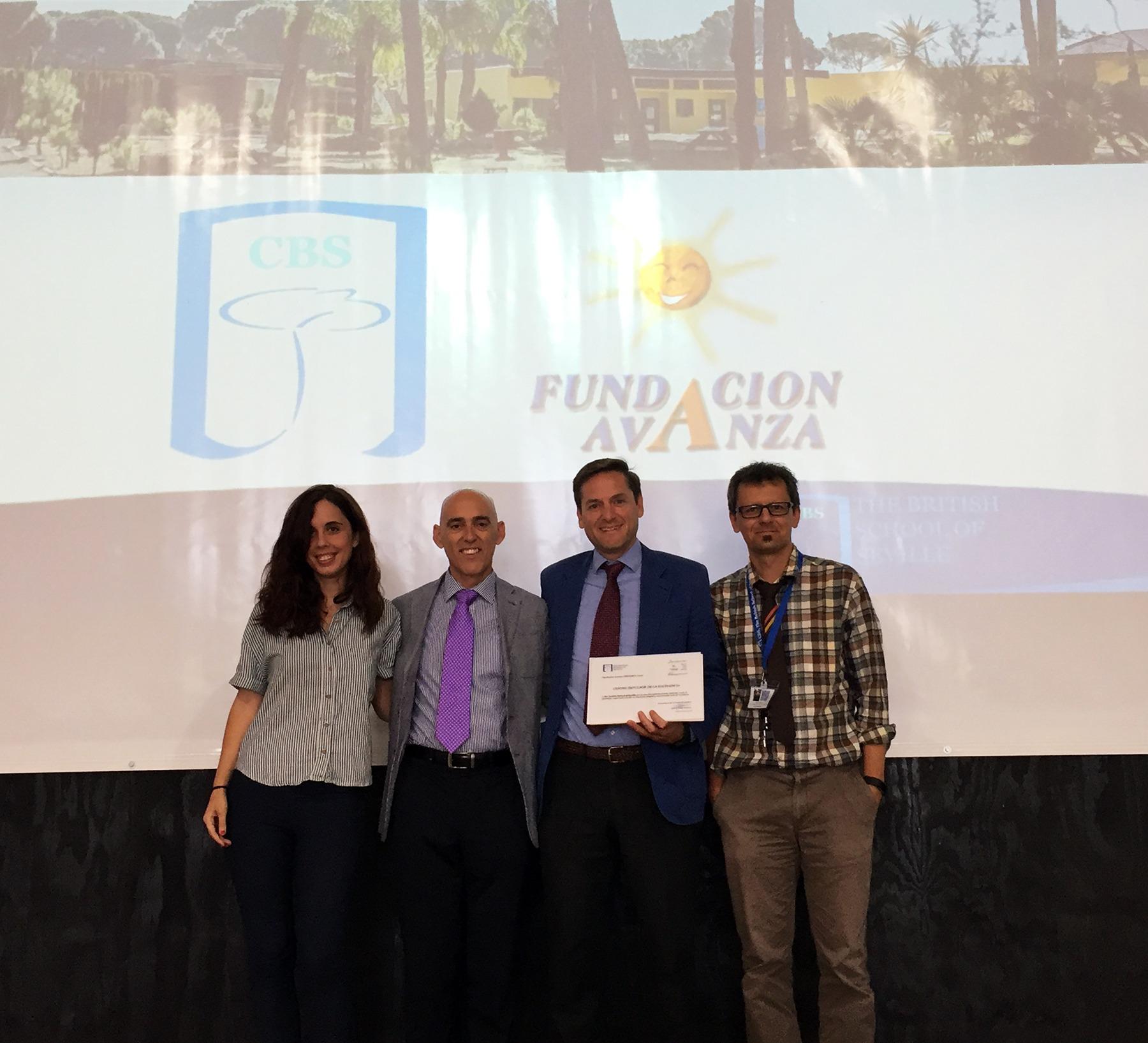 Reconocimiento a Miss Eva y Mr Eady CBS Colegio Britanico de Sevilla Fundacion Avanza