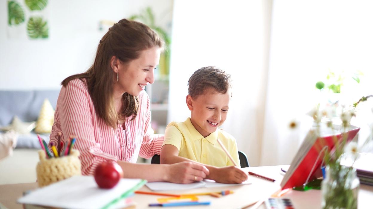 Consejos para ayudar a estudiar a los hijos en casa